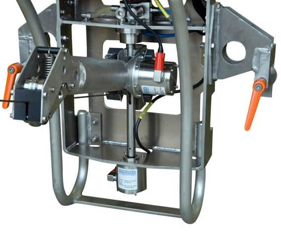 Accurate subsea installation equipment
