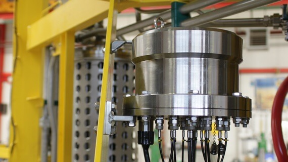 Subsea hydraulic pressure pod