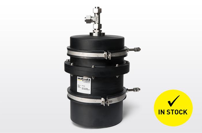 Basic series subsea pressure compensator